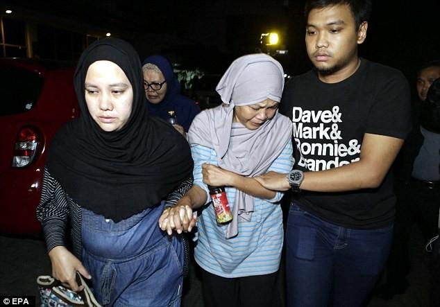 Rơi máy bay Indonesia: Tìm thấy tất cả 54 thi thể và hộp đen máy bay