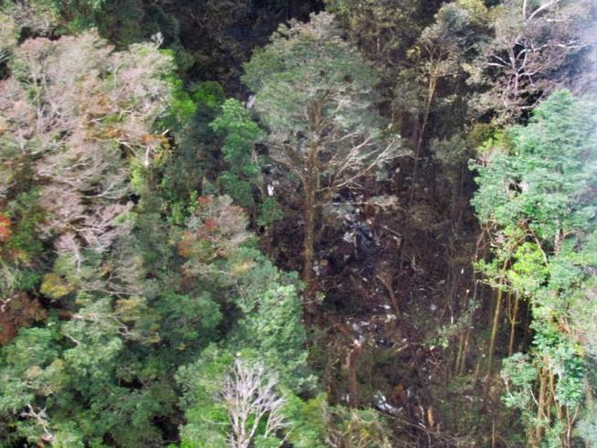 Tìm thấy 38 thi thể vụ rơi máy bay Indonesia