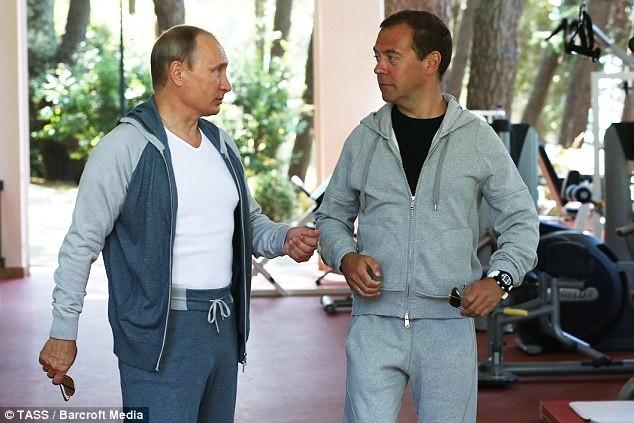 Tiết lộ giá bộ đồ tập gym của Tổng thống Putin