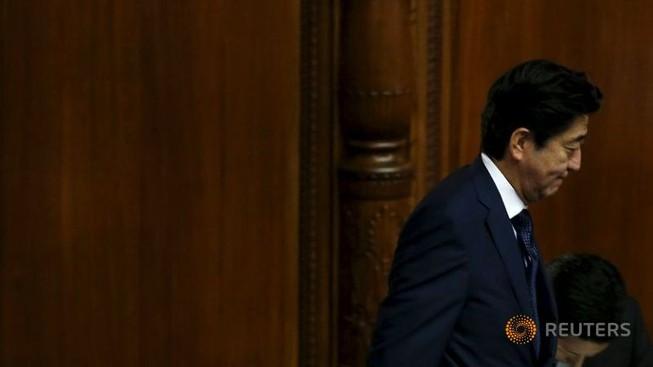 Người Nhật giảm tín nhiệm với ông Abe