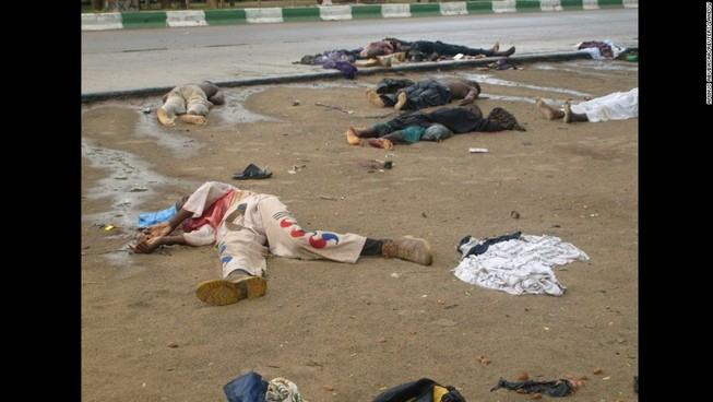 Năm vụ đánh bom tự sát liên tiếp giết chết 34 người