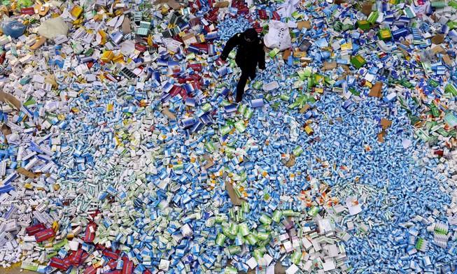 Trung Quốc: Hơn 40% hàng bán qua mạng là hàng dỏm