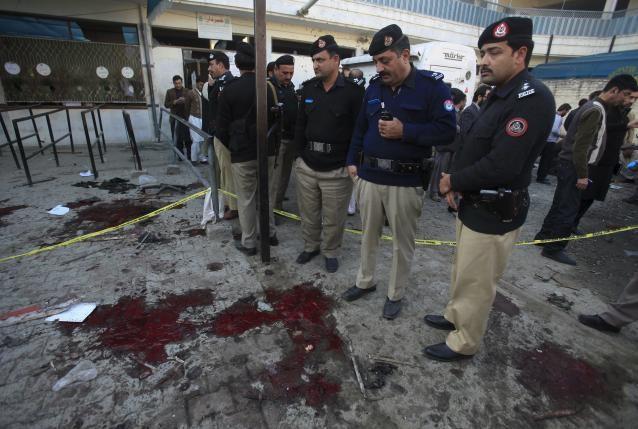 Đánh bom tại văn phòng chính phủ Pakistan: 23 người chết