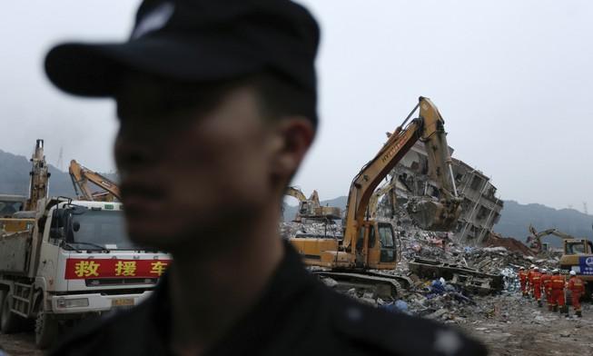 Trung Quốc bắt giữ 11 người trong vụ lở đất Thâm Quyến
