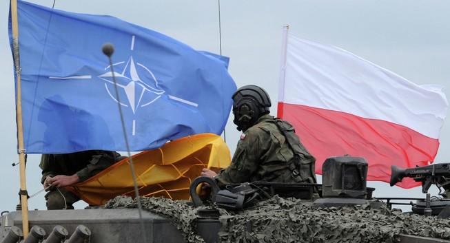Ba Lan tăng cường năng lực quốc phòng năm 2016