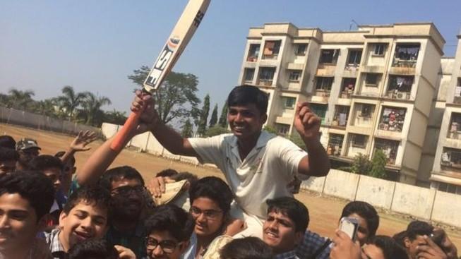 Cậu bé Ấn Độ lập kỷ lục thế giới môn Criket