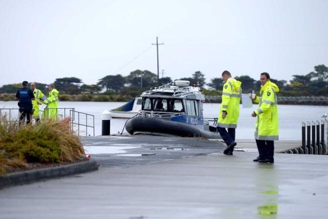 Rơi máy bay, ba người chết và một người mất tích