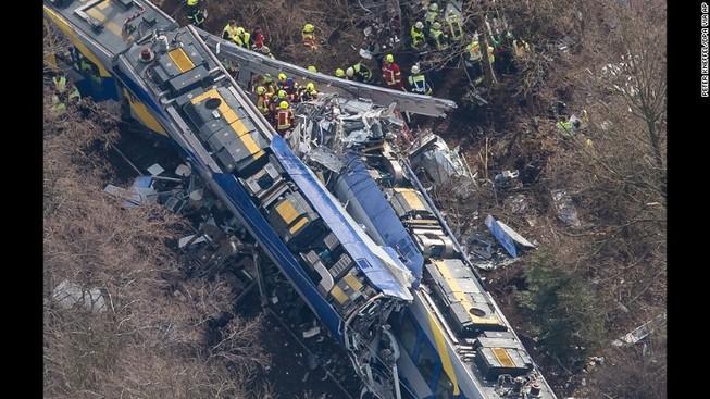 Hai tàu hỏa tông nhau: ít nhất 9 người chết và 50 người bị thương
