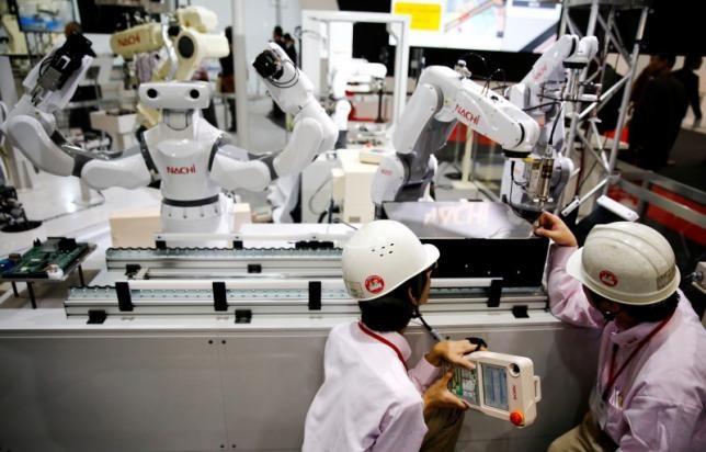 Robot sẽ 'cướp' 5 triệu việc làm của con người vào năm 2020