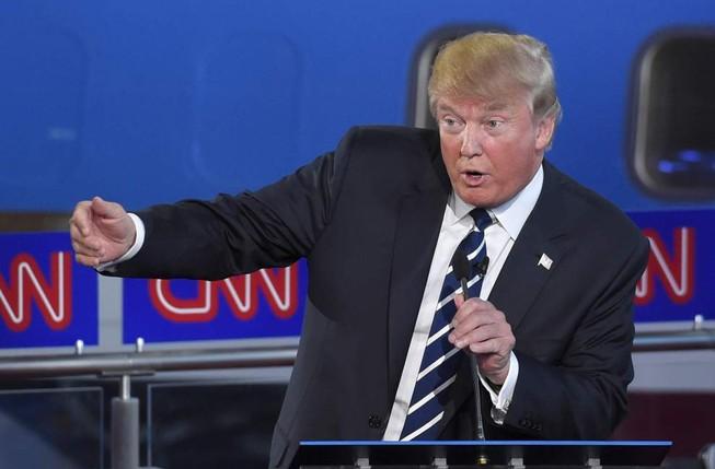 Donald Trump tuyên bố gây sốc sẽ giành lại việc làm từ Việt Nam