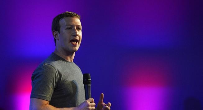 Gã khổng lồ Facebook sẽ chống lại Donald Trump?