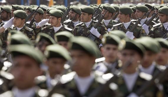 Iran gửi lính mũ nồi xanh tinh nhuệ đến Syria diệt IS