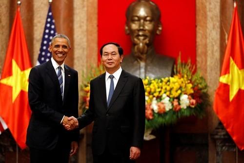 Trung Quốc lên tiếng việc Mỹ dỡ bỏ cấm vận vũ khí Việt Nam  