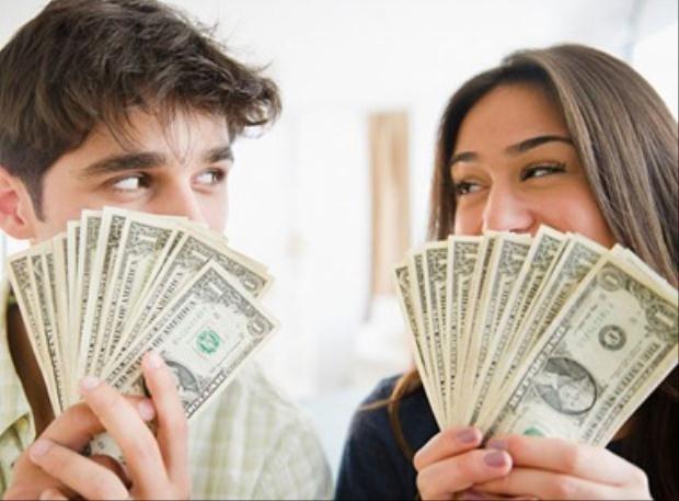 Bảy cách tránh mâu thuẫn tiền bạc cho các cặp đôi