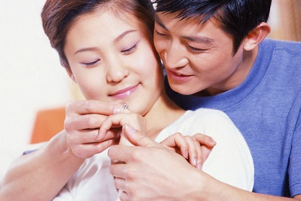 8 điều vợ cứ đòi mà chồng thì… không thể