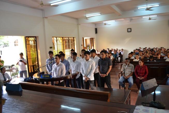 Nhóm cầu thủ CLB Đồng Nai bán độ lãnh án