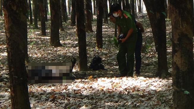 Một người đàn ông nghi tự thiêu trong rừng cao su