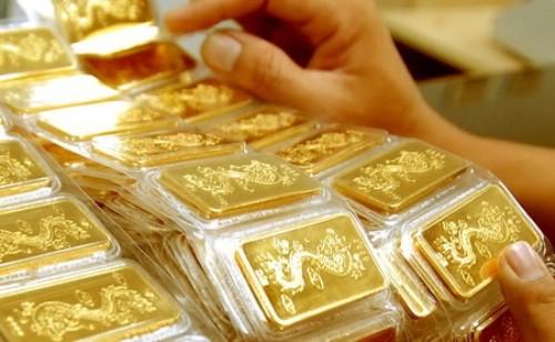 Giá vàng tăng 300.000 đồng/lượng