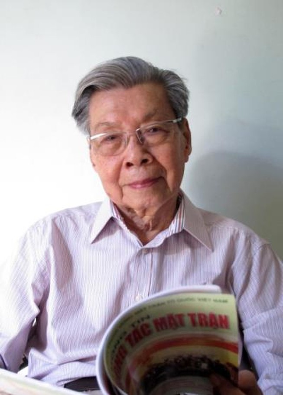 Đạo diễn kỳ cựu của 'Loan mắt nhung', 'Ông cố vấn' nguy kịch