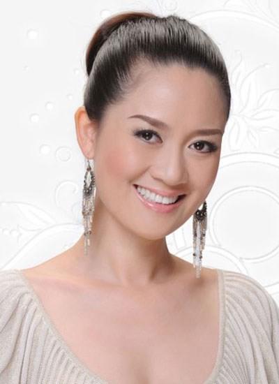 Hoa hậu áo dài  Đàm Lưu Ly tái xuất với một rừng người đẹp