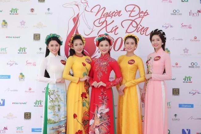 19 người đẹp 'Người đẹp xứ dừa 2016' chào sân TP.HCM