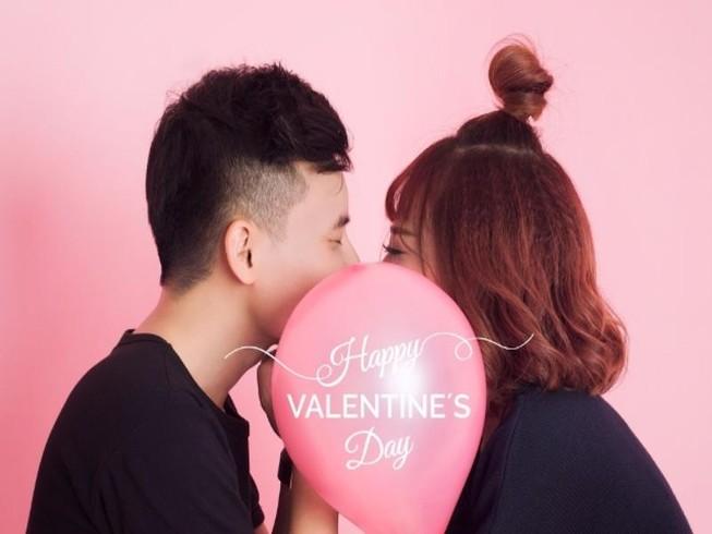 Á quân 'Ca sĩ giấu mặt' tung sản phẩm Valentine  
