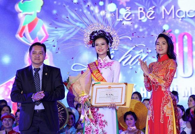 Trần Thị Thủy đăng quang Hội thi duyên dáng áo dài TP.HCM lần 3