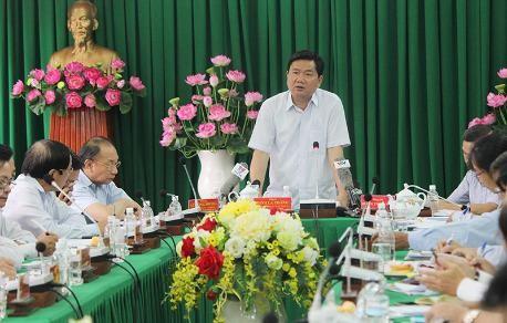 Bí thư Thăng truy giám đốc Sở GTVT 'bóp' đường từ 60 m xuống 35 m