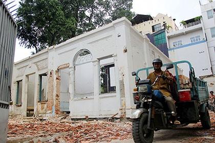 TP.HCM: Thêm một biệt thự cổ hơn 200 tỉ đồng bị đập bỏ