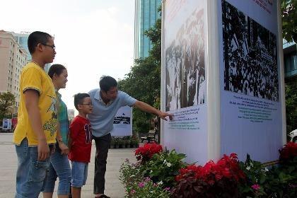 TP.HCM triển lãm kỷ niệm 71 Cách mạng Tháng Tám và Quốc khánh 2-9