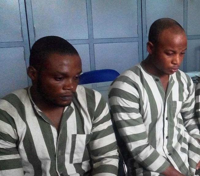 Hai nghi can Nigieria trong đường dây lừa đảo