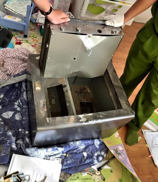Một vụ trộm két sắt xảy ra tại TP.HCM