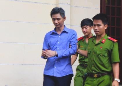 Trùm giang hồ giết người lãnh án 12 năm sau 15 năm lẩn trốn