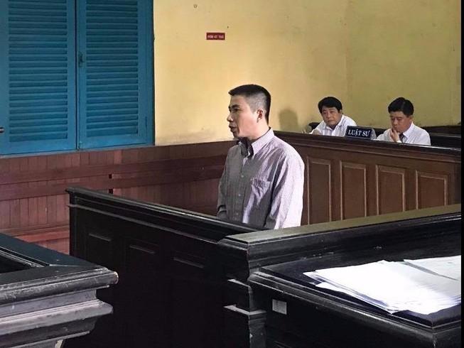 Vừa ra tù tội dâm ô lại hiếp dâm trẻ em