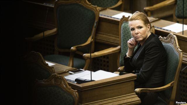 Đan Mạch sẽ tịch thu trang sức người nhập cư