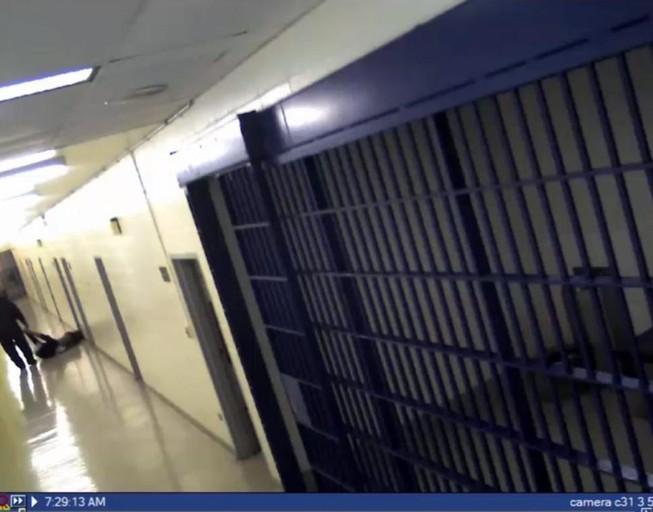 Bồi thường 6,5 triệu USD vì làm chết nghi phạm sau khi bắt giữ