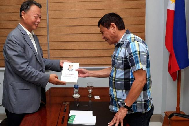 Tổng thống đắc cử Philippines thề lấy lại trật tự xã hội trong 6 tháng