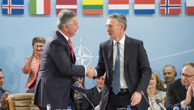 NATO mời Montenegro gia nhập, Nga đe dọa trừng phạt
