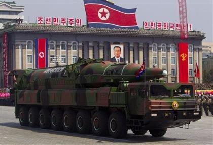 Trung Quốc cấm bán vật liệu sản xuất vũ khí cho Triều Tiên
