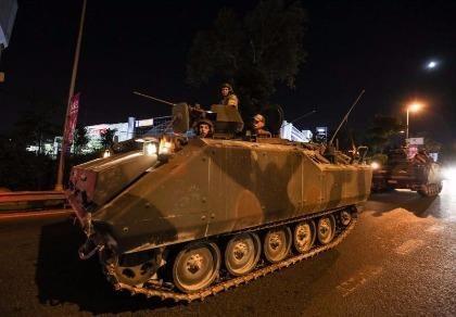 Đảo chính Thổ Nhĩ Kỳ: NATO, Mỹ ủng hộ Tổng thống Erdogan