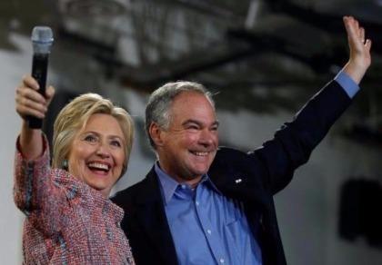 Bà Clinton chọn phó tướng Tim Kaine
