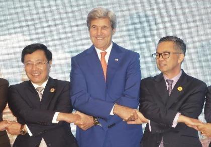 ASEAN và Trung Quốc ra tuyên bố chung thống nhất kiềm chế trên biển Đông