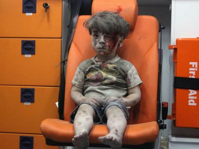 Cậu bé 6 tuổi xin Obama cho nhận nuôi em bé Syria