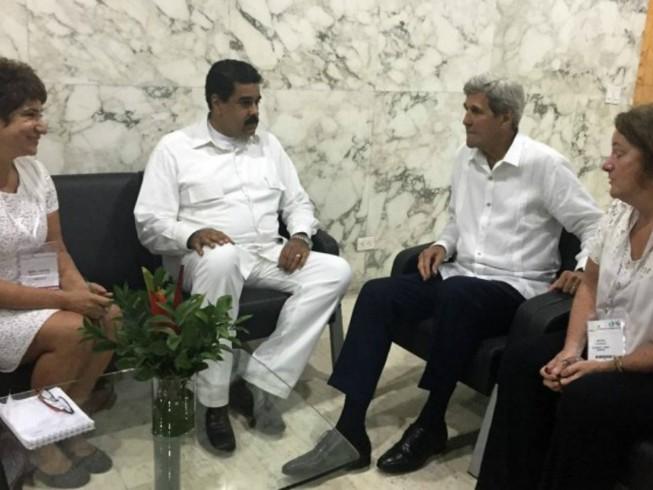 Tổng thống Venezuela Maduro gặp Ngoại trưởng Mỹ Kerry