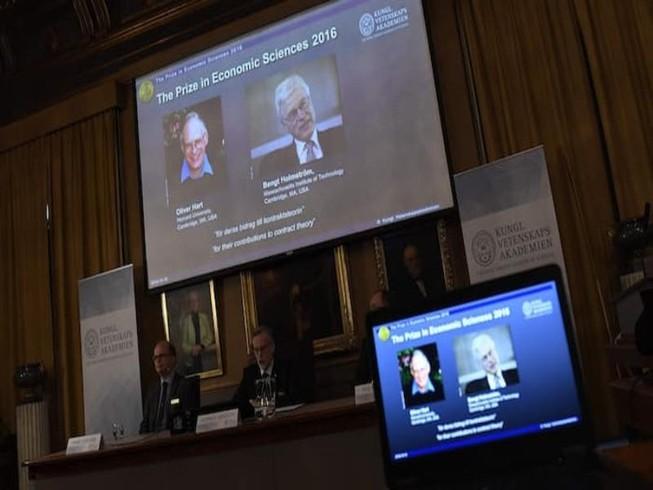 Nobel Kinh tế trao cho 2 chủ nhân lý thuyết hợp đồng