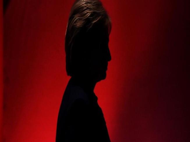 5 lý do khiến bà Clinton ôm hận