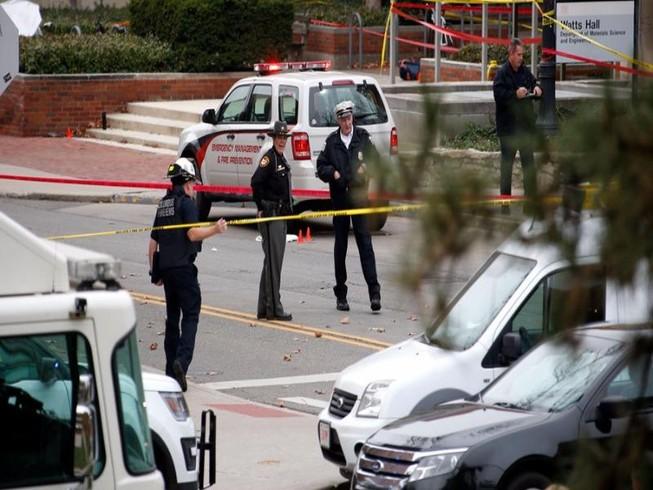 Tông xe tán loạn vào sinh viên Mỹ, 11 người bị thương