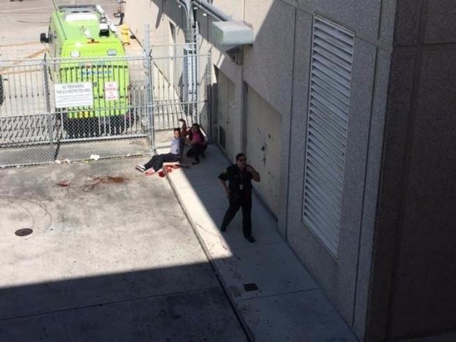 Xả súng hàng loạt tại sân bay Mỹ, 5 người chết