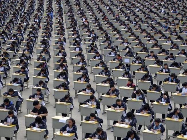 Học sinh vay điểm từ 'ngân hàng điểm' để đậu kỳ thi