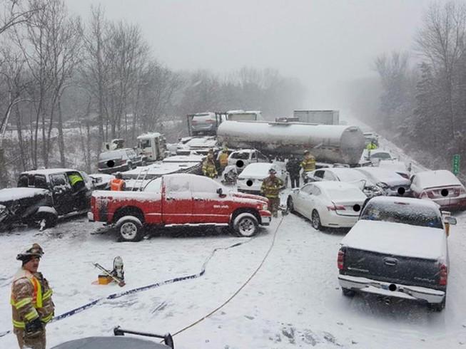 Bão tuyết kinh hoàng ập vào bờ đông nước Mỹ